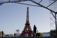 Paris pact reversal a big risk, experts say