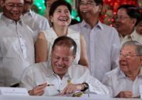 Aquino signs P2.265-T 'pork-less' budget for 2014